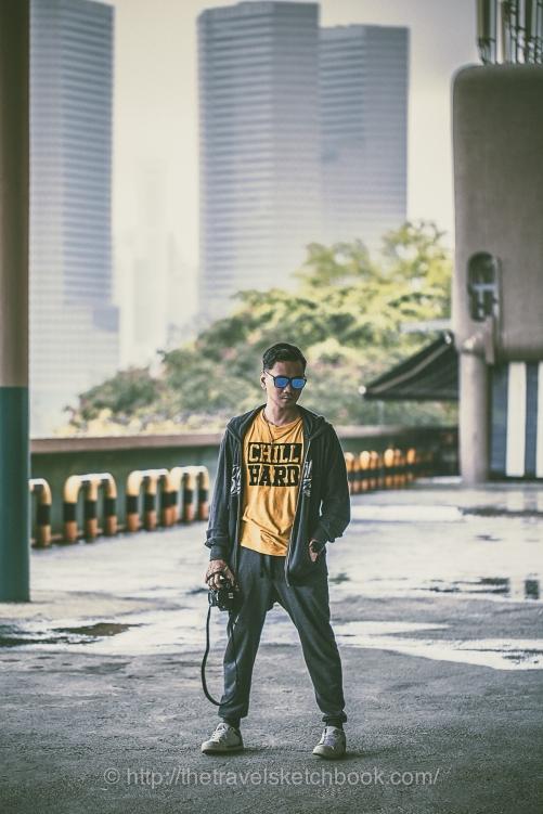 Ewan in his yellow T-shirt from Bangkok Market, ตลาดรถไฟ ศรีนครินทร์